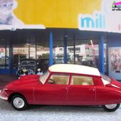 FASCICULE N°1 CITROEN DS 19 DINKY TOYS 1/43 REEDITIONS ATLAS - car-collector.net