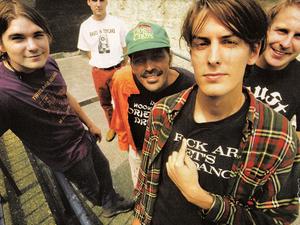 pavement, un groupe de rock indépendant des années 1990 connu pour son style et un son lo-fi