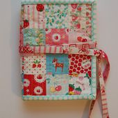 12 Gifts of Christmas Blog Hop! - patchwork sewing kit tutorial {now closed} | lots of pink here!