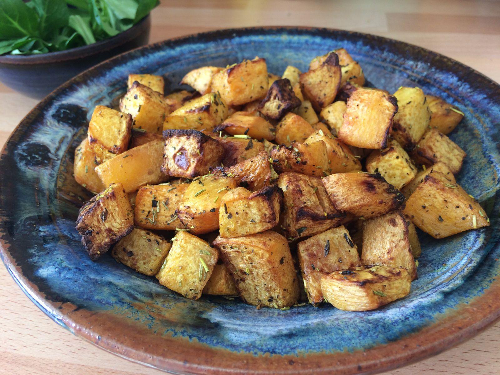Aujourd'hui je vous partage un nouveau test concluant de légume cuit au four avec des épices, avec du rutabaga.