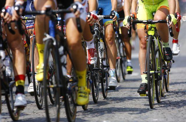 Le Tour de France cycliste s'élancera de la Manche en 2016.