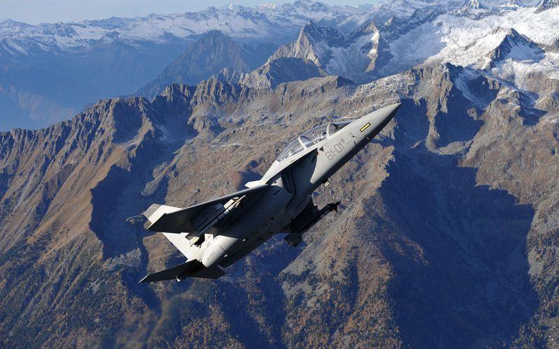 La Pologne réceptionne ses deux premiers avions d'entraînements M-346 AJT