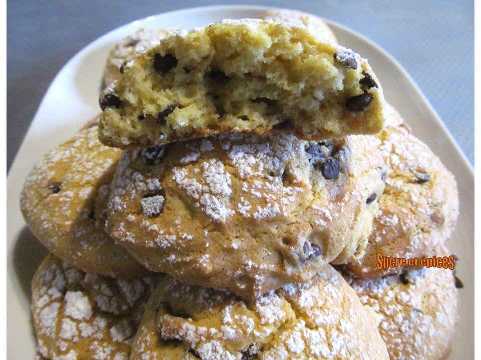 Biscuits moelleux à l'orange et aux pépites de chocolat - Recette en vidéo