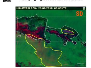 Agung - position of the ash cloudon 28.06.2018 / 23h and 29.06.2018 / 6h and 10h WIB respectively - Doc. Citra himawari sat. via BNPB - one click to enlarge