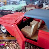 FORD THUNDERBIRD 1963 USA REEDITION SOLIDO 1/43. - car-collector.net