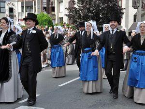 Quic en groigne de Saint-Malo au défilé du Cornouaille Kemper