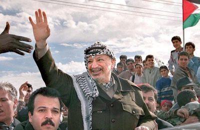 [Vidéo] Israël a-t-il tué Yasser Arafat ? Une enquête étonnante révèle le programme d'assassinat secret d'Israël (Democracy Now)