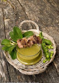 Mini brochettes d'agneau marinées au citron et romarin