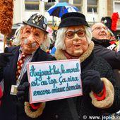 Carnaval de Dunkerque 2017 - La Bande des Pêcheurs - Le jet de harengs . - www.jepi-dunkerque.fr