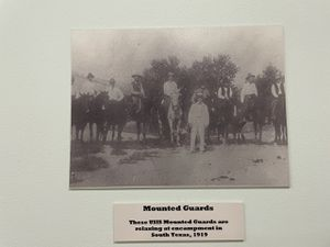 """The """" Migra """" : Chasing Mexicans on horses since 1924 !"""