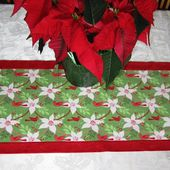* Sew we Stitch: Comfort and Joy with Deonn and her Ten-Minute Table Runner!