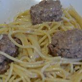 Spaghettis steaks hachés à la moutarde et au cookeo |