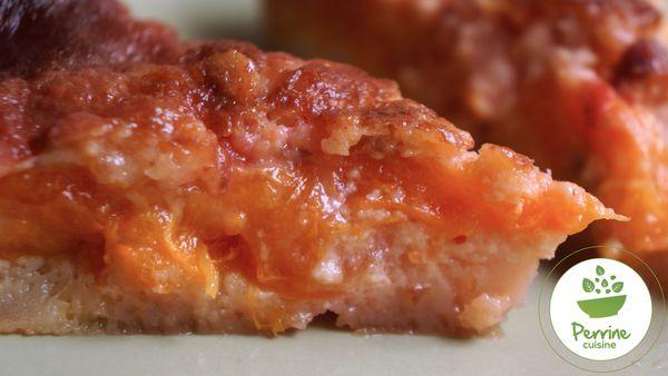 Gâteau fondant aux abricots et pralines roses