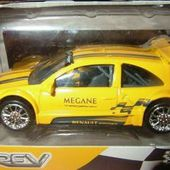 RENAULT MEGANE TROPHY SPORT NOREV 3 INCHES - car-collector.net