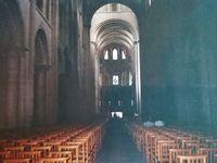 Abbaye aux Hommes - Abbaye aux Dames - Chœur Église Saint-Étienne et nef  (Abbaye aux Hommes) - Nef Église de la Trinité (Abbaye aux Dames) - Au bord de la merprès d'un vestige de blockhaus - Photos prises en 1993 lors d'un sortie avec les résidents du Centre Saint Martin