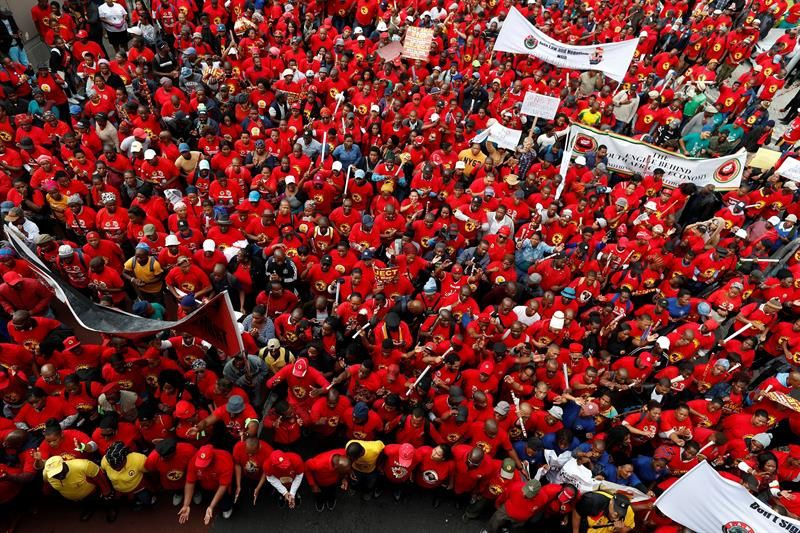 Imágenes de la primera huelga general en Sudáfrica contra el Gobierno de Ramaphosa.- El Muni.