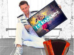 Damien poyard, un jeune accordéoniste moulinois qui truste les récompenses et s'adonne à la composition pour créer des standards de bal