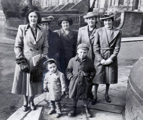 Back row left to right: Mrs Kathleen Sutcliffe (Peter's mother), Mrs Doris Kershaw (family friend), Lottie Boonan (Peter's Grandma), Miss Irene Topp (Peter's Gret Aunt). Pictured front row from let to right: Three-year-old Peter Sutcliffe and his seven-year-old friend Dal Kershaw