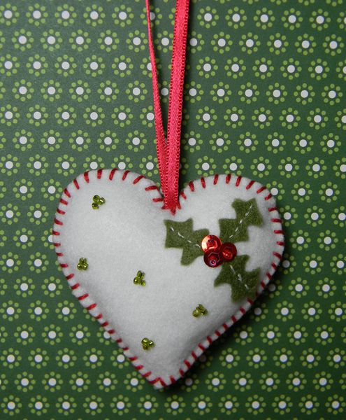 Tuto déco de Noël : coeur en feutrine