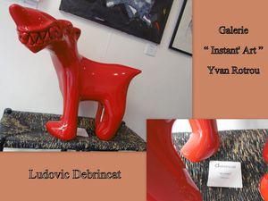 """Après le chien, comme le gardien des lieux, de Ludovic Debrincat, et cet homme surgit de l'imaginaire de son père """" façonneur """", découvrons une invitation chez d'autres artistes sculpteurs, assembleurs, mais surtout concepteurs de chars.... il faut bien y penser le 31 décembre n'est pas si loin."""
