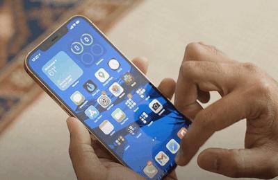 Comment régler le problème de l'iPhone 12 Pro Max avec le tactile de l'écran qui ne répond pas ?