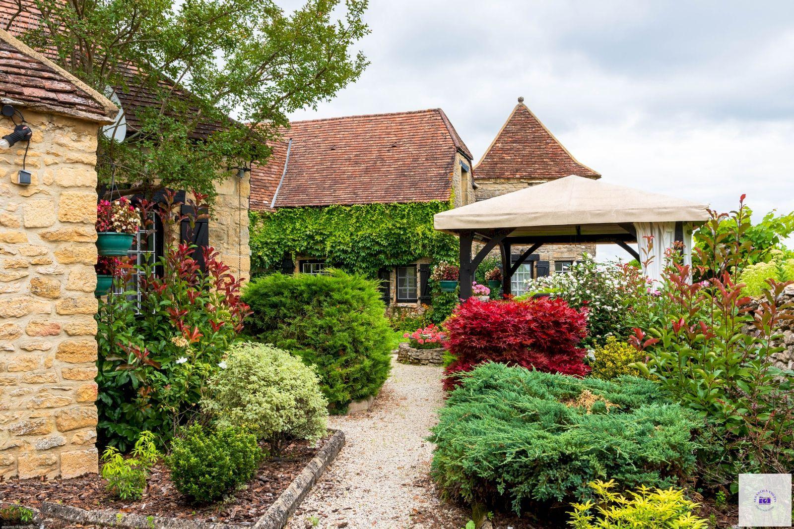 Fanlac, un sublime village authentique du Périgord noir