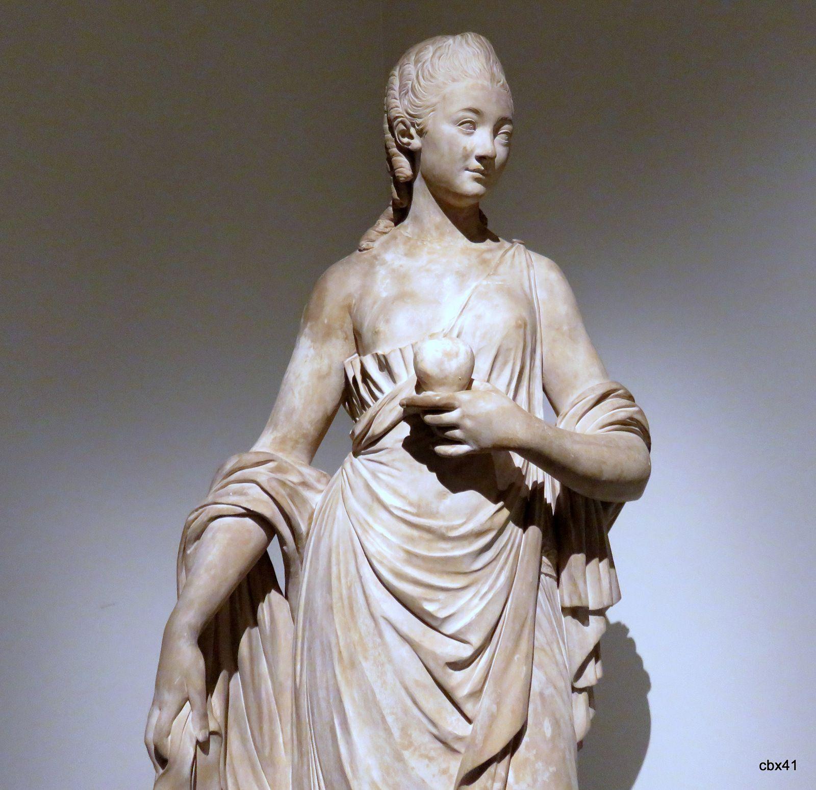 Augustin Pajou, Madame Du Barry tenant à la main le coeur de Louis XV
