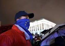 Ukraine : « La très grande majorité des Ukrainiens ne veut pas de cette nouvelle guerre civile »