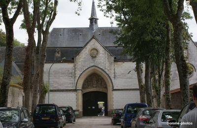 NEUVILLE SOUS MONTREUIL :Notre Dame des Près (1)