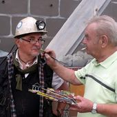 ALGRANGE: Restauration de la fresque des mineurs de Greg GAWRA en 2010 (août)