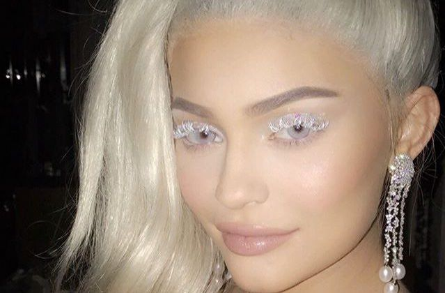 Comment trouvez vous le make up de Kylie Jenner??
