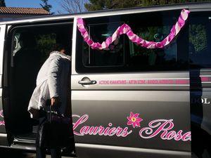 """Un Minibus pour les Enfants des """"LAURIERS ROSES"""""""