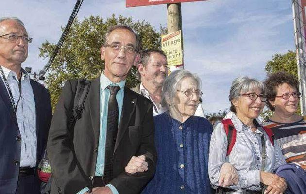 Pierre Mansat avec la famille Audin [Fête de l'Humanité 2018]