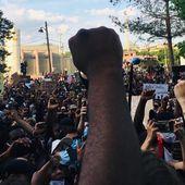 A Paris, bien qu'interdit, un rassemblement inédit contre les violences policières - Bondy Blog