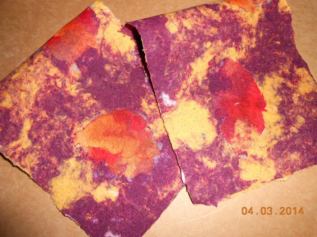 papiers en couleur et couleurs de papier