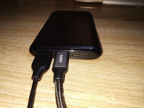 essai de la batterie externe USB type C 10.000 mAh avec Adaptative AiPower - Aukey PB-XN10 @ Tests et Bons Plans