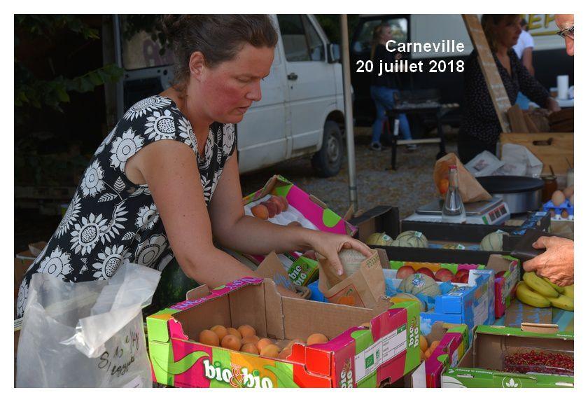 Carneville : marché - concert