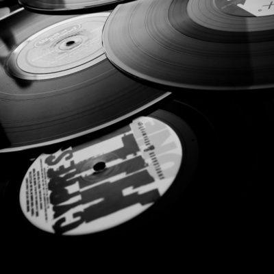 Comment installer et utiliser Virtual DJ ? (guide pratique, étapes)