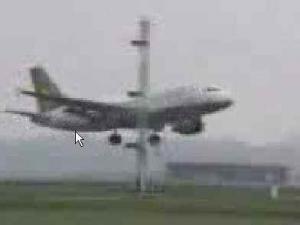 video : le pilote ivre - atterrissage difficile