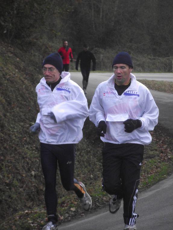 Le 27 novembre,les Foulées du Roc St André ( 11 km 700 )dans le Morbihan sur un parcours vallonné et champêtre le long du Canal de Nantes à Brest.