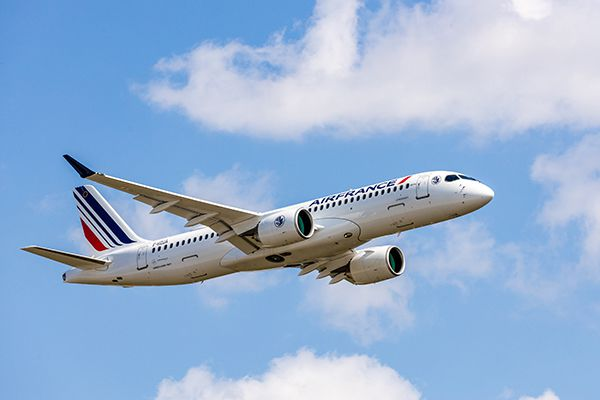 le bourget a220 300 Air france