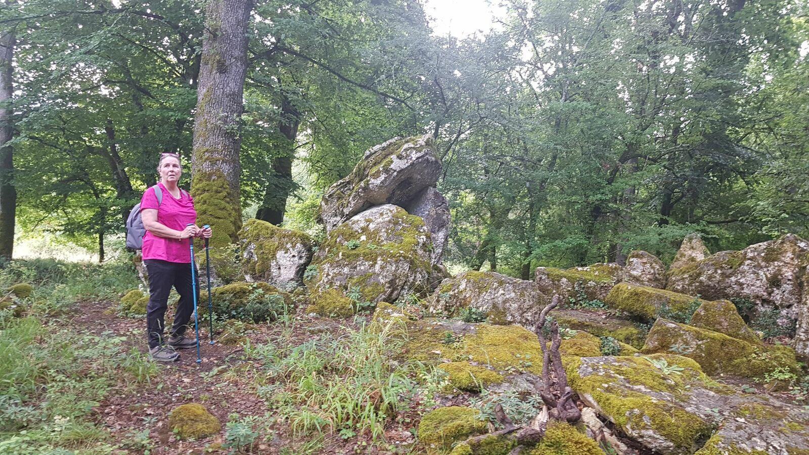 Bellefond sur les chemins des dolmens
