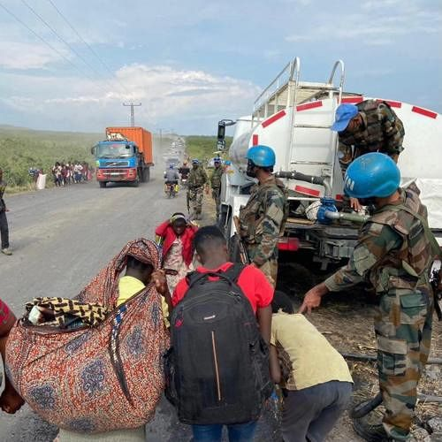 """Eruption of Nyiragongo - evacuation and help from """"blue helmets"""" to the youngest - photo Monusco 05.28.2021"""