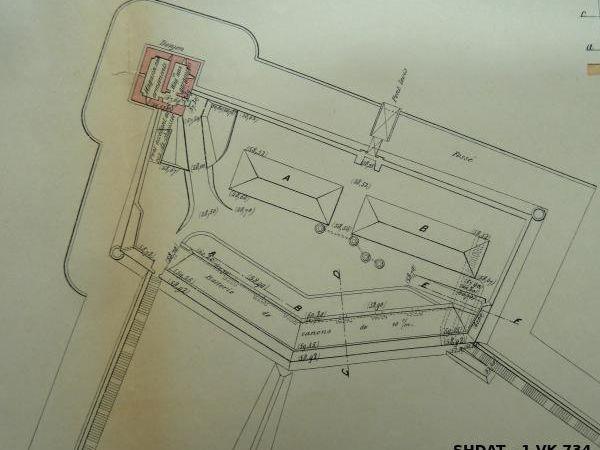 Plans et coupes de la batterie de 100 mm de 1892 (© Service historique de la Défense)