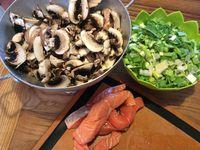 Lasagnes saumon, poireaux et crème de champignons