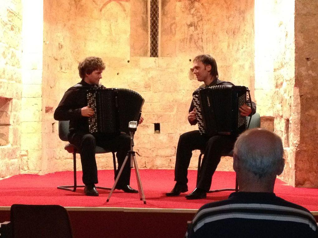 Expositions de Jean-François Brahin Michèle Garin Christophe Botton Concerts du Trio de la Neva à Vénéjan et Pont St Esprit