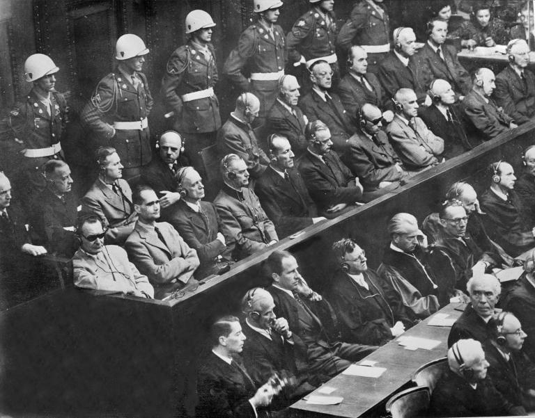 """L'Allemagne défend """"l'héritage"""" remis en cause du procès de Nuremberg"""