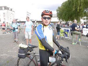 un passage continu ,toute l'après-midi à Loudéac, avec notamment un cyclo de Mûr,  Alain et Gilbert,  Jean Philippe Battu