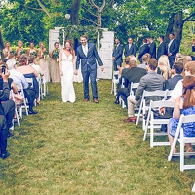 The 8 People to Cross Off Your Wedding Guest List Right Now