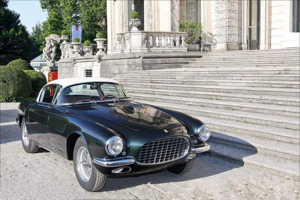 VOITURES DE LEGENDE (555) : FERRARI 250 EUROPA GT  VIGNALE BERLINETTA - 1955